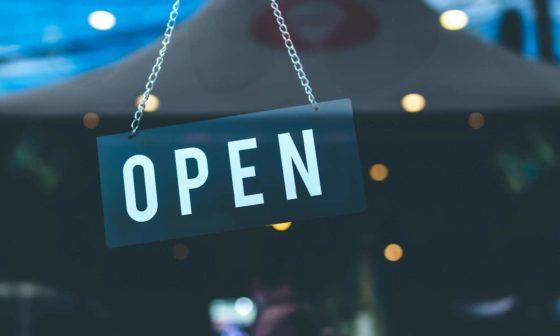 restaurants open on christmas eve