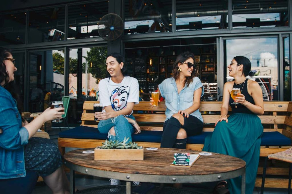 Restaurants with outdoor drinking in Brooklyn