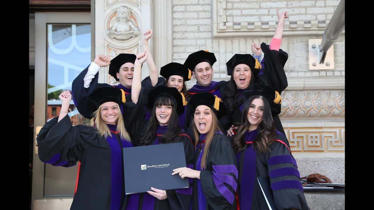 brooklyn law school acceptance rate