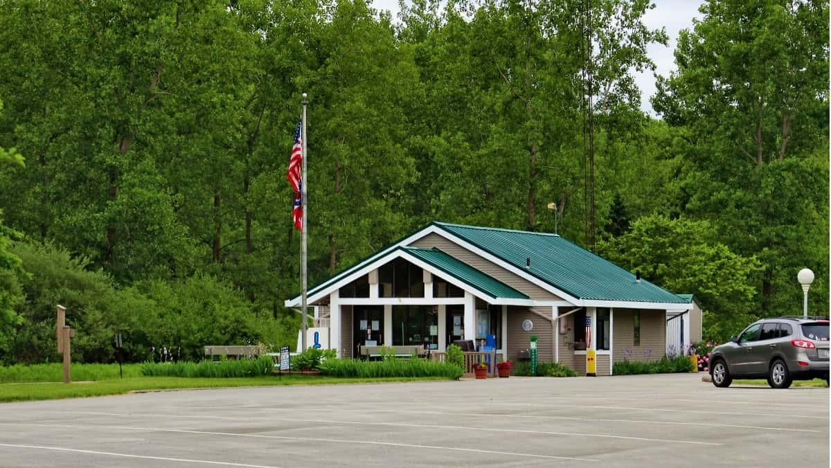 maumee bay state park lodging